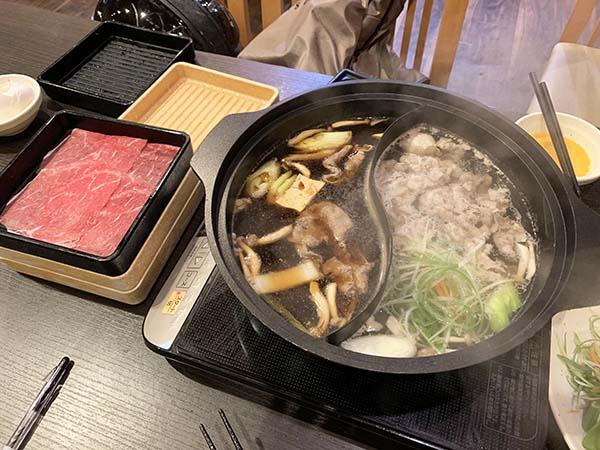 dinner_3328a.jpg